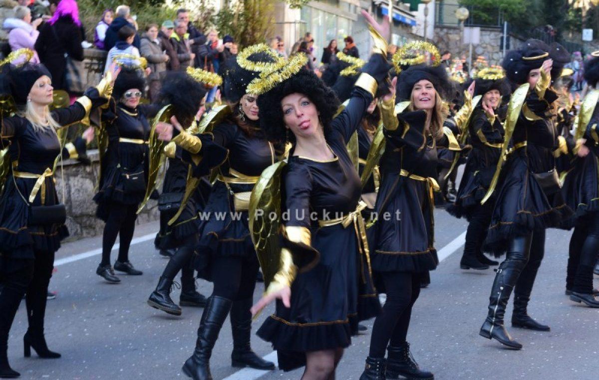 FOTO, VIDEO: Maškare su osvojile Lovran! Karnevalska povorka okupila više od tri tisuće raspoloženih sudionika