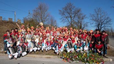 Mučićevi zvončari storili pohod na Brgud