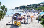 Ove godine bez 'borbe za ležaljke' u Ičićima – Županija odlučila plažu dati u koncesiju