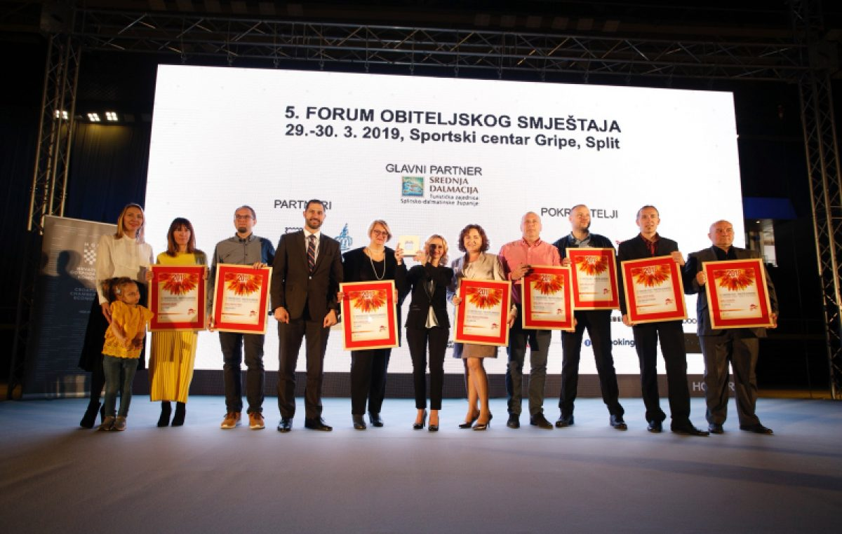 Na 5. Forumu obiteljskog smještaja najboljim smještajem za obitelj proglašena je lovranska Villa More