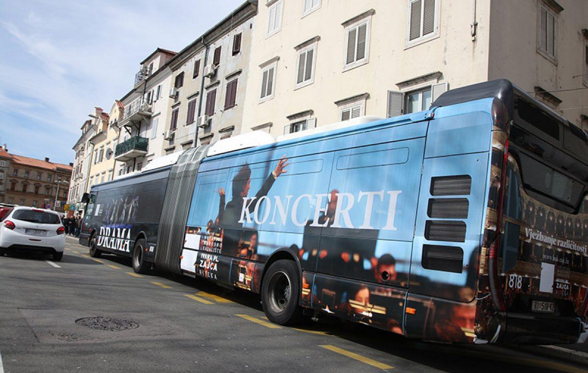"""FOTO Na svjetski dan kazališta """"Zajc"""" dobio svoj autobus"""