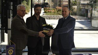 Defibrilator i u Gervaisu – Donacija Lions kluba Opatija, od sredstava prikupljenih na Bečkom balu
