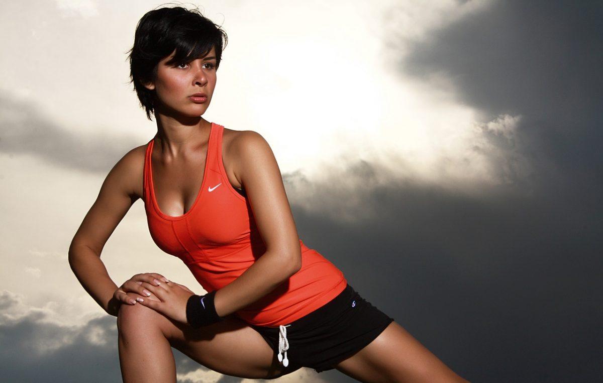 Pripremite se za buđenje prirode i organizma: Ova odjeća će vas motivirati da krenete vježbati