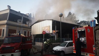 VIDEO Gorjela Boćarija Opatija, vatrogasci brzom intervencijom zaustavili širenje požara