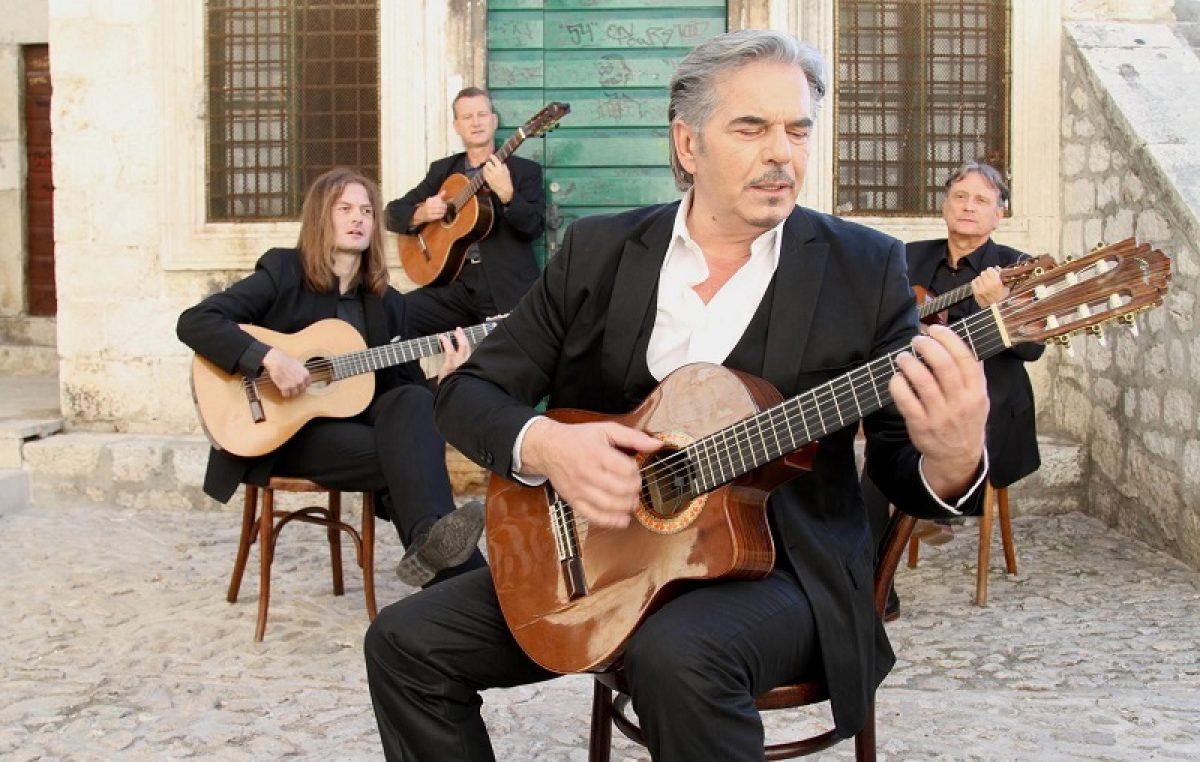 Adriatica Latina – Davor Radolfi i gosti na Ljetnoj pozornici @ Opatija
