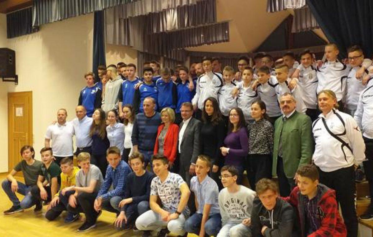 Mladi nogometaši NK Opatija osvojili prvo mjesto na turniru u Bad Ischlu
