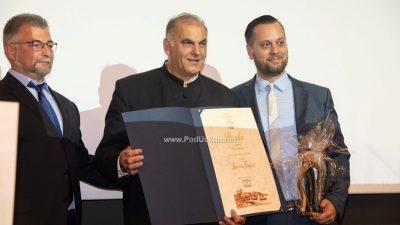 FOTO: Održana svečana sjednica Vijeća – Radovan Trinajstić preuzeo nagradu za životno djelo @ Lovran
