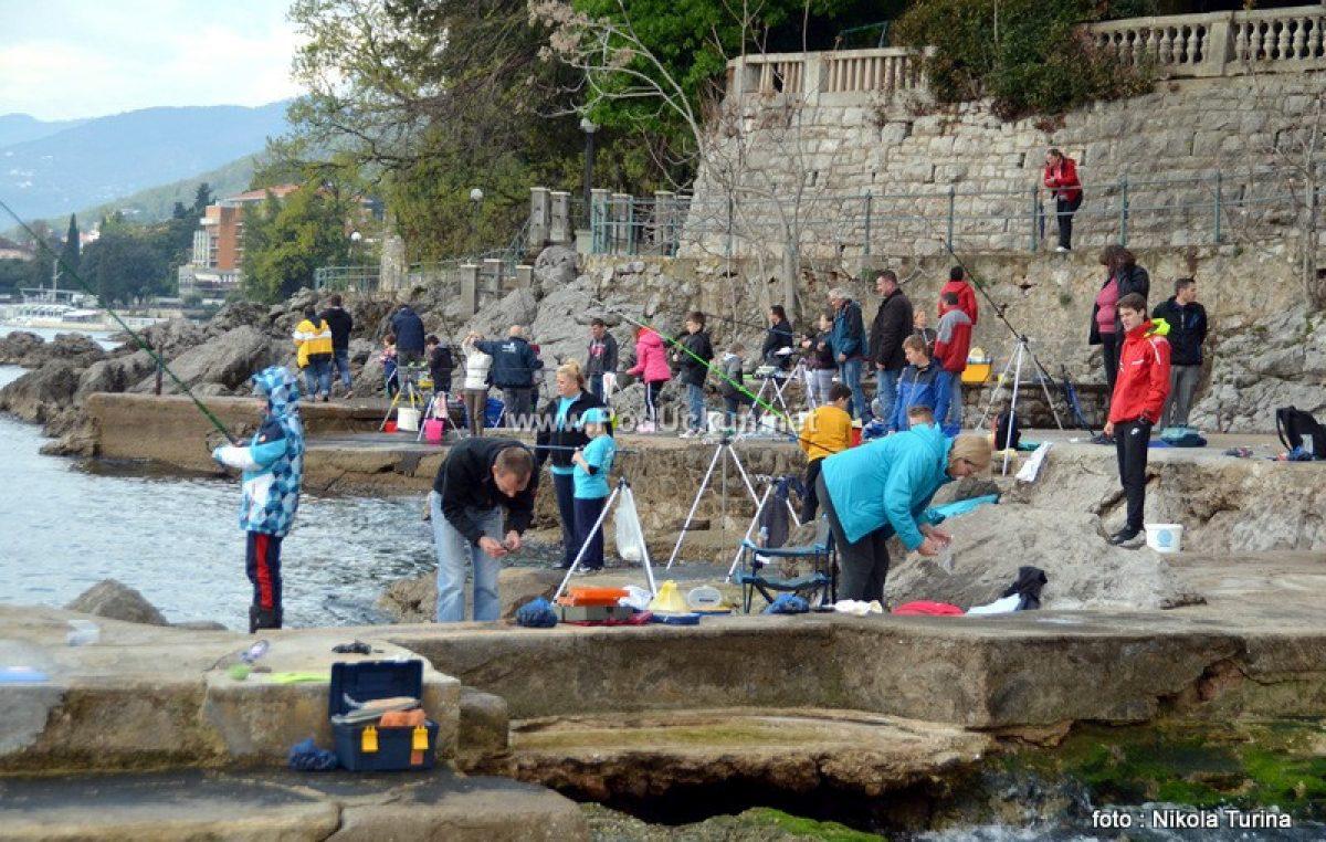 FOTO Mladi ribolovci na Kupu Uskršnje jaje @ Opatija