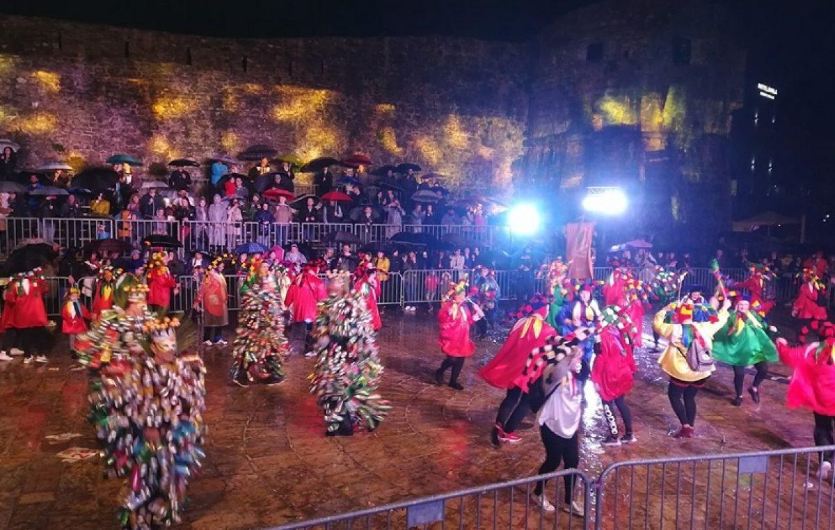 U OKU KAMERE Lumberaši i Latarići sudjelovali na međunarodnom karnevalu u Budvi