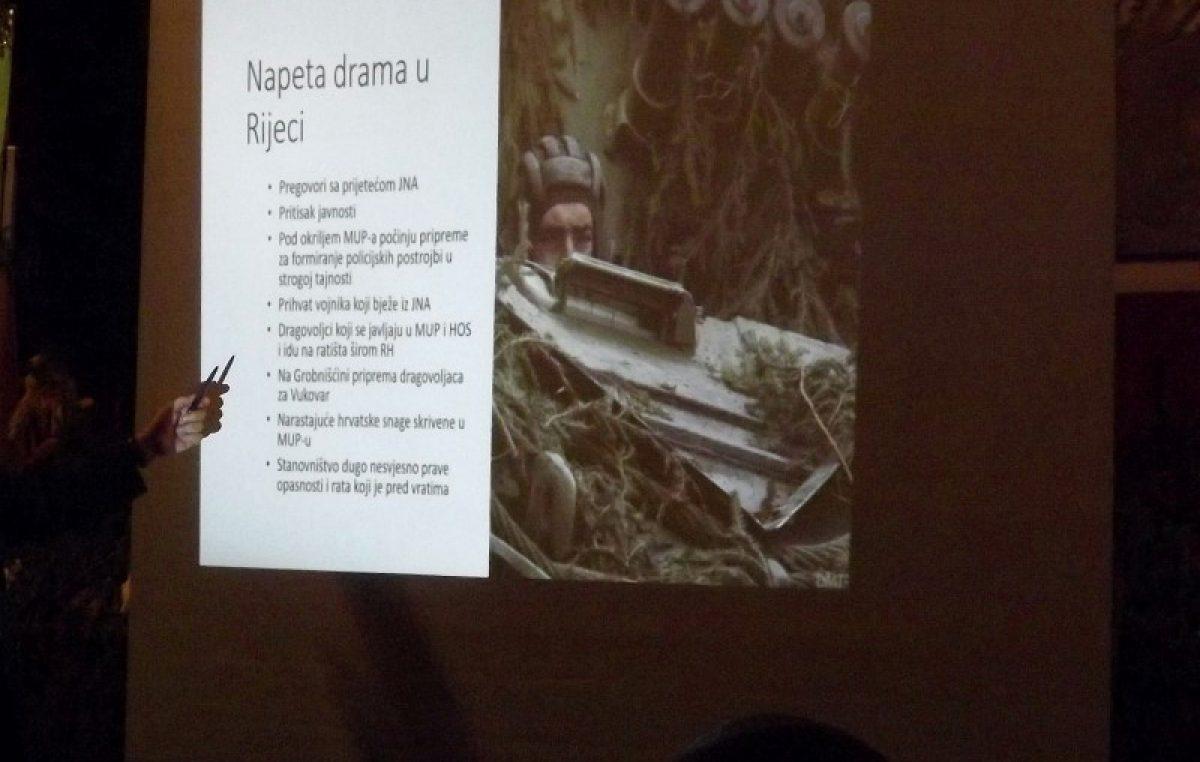 FOTO Predavanjem i izložbom u sjećanje na početak domovinskog rata te postrojavanje ZNG-a @ Klana