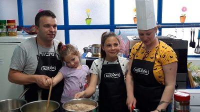 U OKU KAMERE Mališani iz DV Opatija sa svojim roditeljima sudjelovali na radionici o pravilnoj prehrani