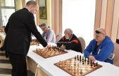 FOTO/VIDEO Šahovski vikend u Lovranu – Šestogodišnji Erik Golubović 'namučio' velemajstora Marina Bosiočića