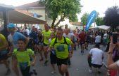 Stotinu trkača sudjelovalo jučer na 44. Kastafskom krosu i 15. memorijalnoj utrci Zehrid Kadrić – Zeko