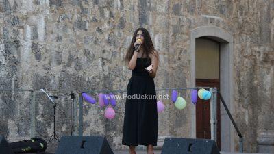 FOTO Mladi pjevači oduševili svojim izvedbama – Na Crekvini održan dječji festival Kastafski glasi