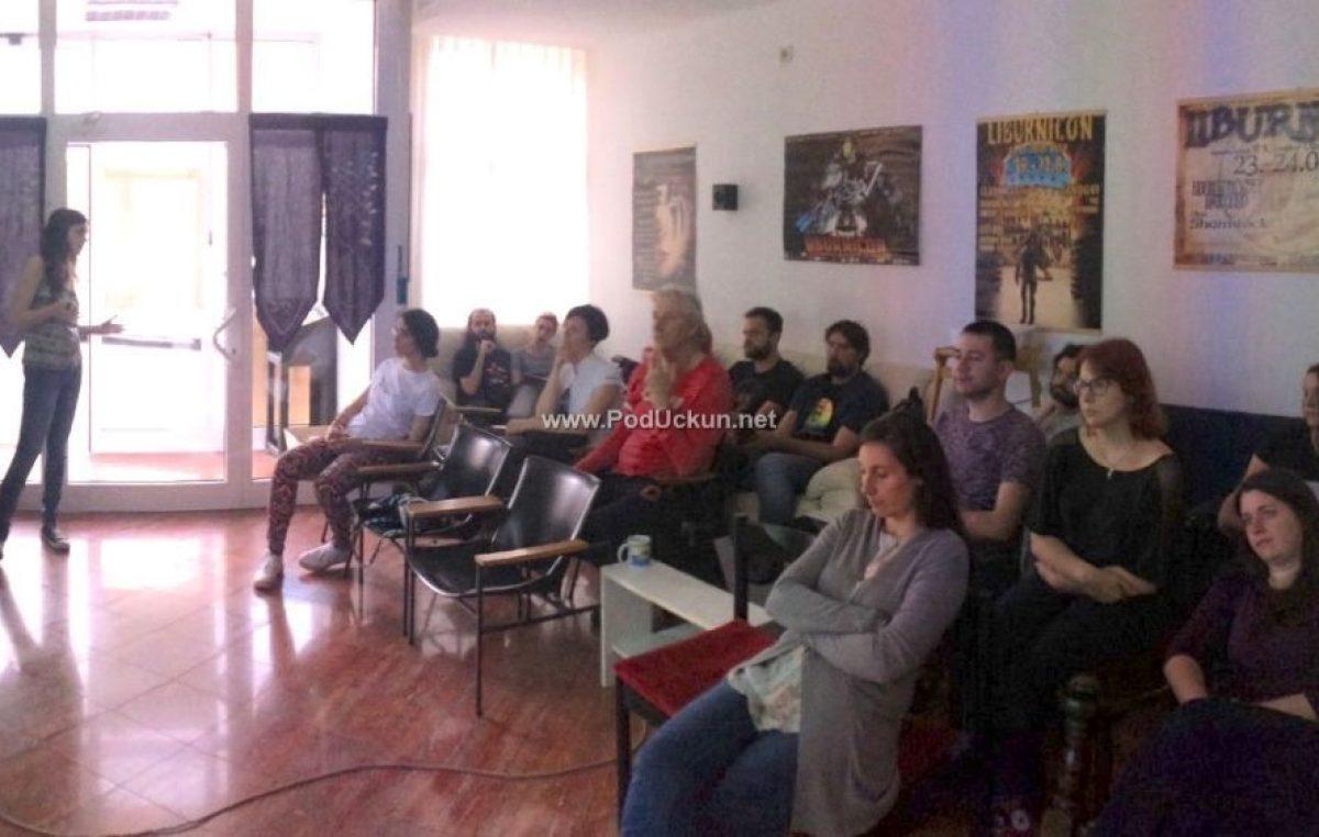 U OKU KAMERE Govor mržnje i sloboda govora u fokusu predavanja Julije Perhat
