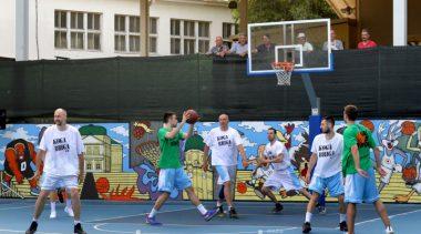 Uzbudljiva sportska večer s dobrim ciljem – Humanitarna košarkaška utakmica okupila brojne sportske veličine