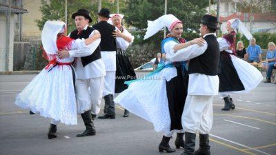 """Folklorni ansambl """"Zora"""" sudjeluje u projektu """"Balunom kroz Europu"""""""
