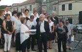Opatijac prepoznat i u Dalmaciji – Olegu Mandiću u Tisnom uručeno priznanje za razvijanje antifašizma