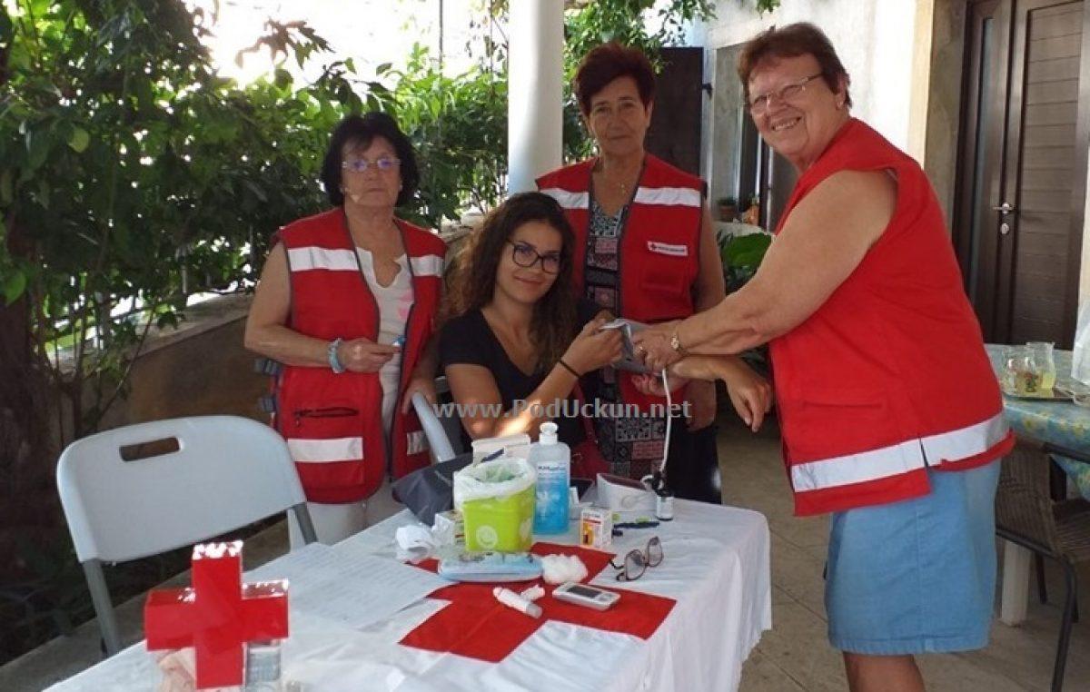Vrijedni volonteri Crvenog križa Opatija održali zdravstvenu akciju u Brseču, danas na rasporedu Mošćenice