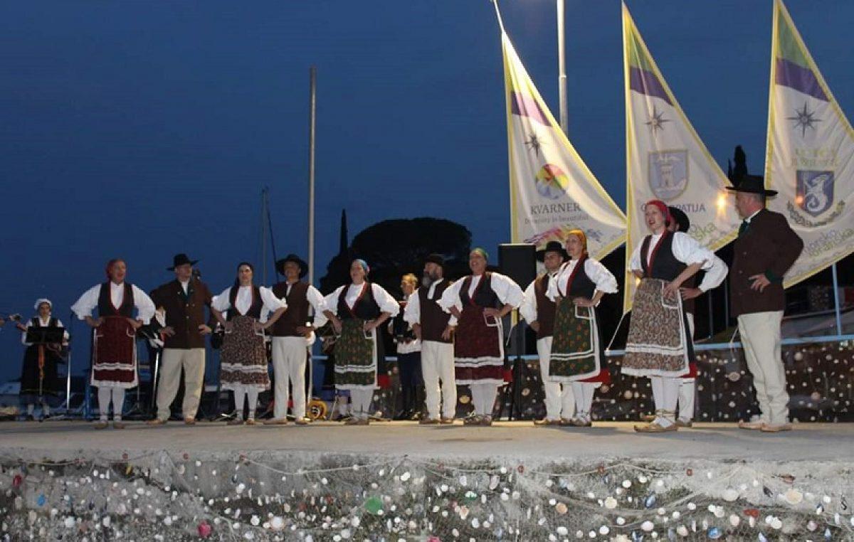 Ovog petka na rasporedu prvi nastup Folklornog ansambla 'Zora' u Ičićima