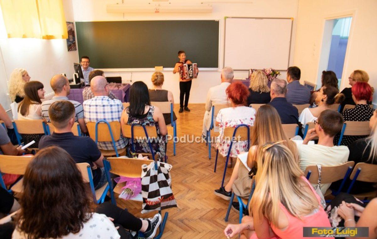 Učenicom generacije HT škole proglašena Maja Svitek, profesoricom godine Tanja Marčan