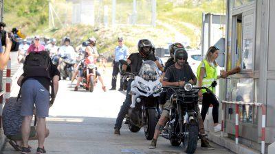FOTO/VIDEO Nova akcija protiv mostarine završena bez velike drame: Plaćanju lipama odazvalo se četrdesetak motorista