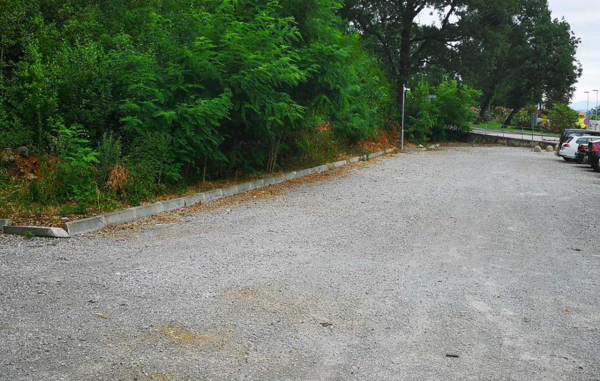 U OKU KAMERE Očišćeno parkiralište u Iki