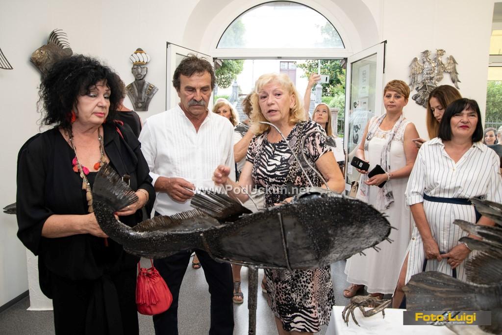 FOTO Anton Tony Ambrozich na izložbi Tragom svjetlosti predstavio zadivljujuće i unikatne skulpture