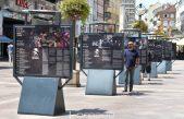 FOTO/VIDEO Izložba posvećena Jerry Ricks Blues Festivalu krasi riječki Korzo