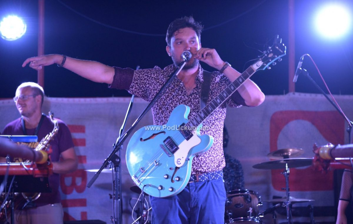 FOTO Premijerni Jerry Ricks Blues Festival u Iki začinjen svirkom iznad mora