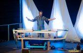 FOTO Čakavska komedija 'Kalafat, papagalo i batana' vratila matuljsku publiku u prošla vremena