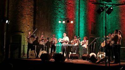 FOTO/VIDEO Crekivna se njihala u mariachi ritmu: Los Caballeros oduševili emotivnim izvedbama temperamentne glazbe