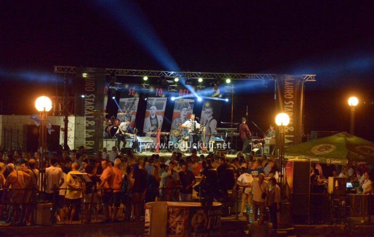 FOTO Šajo, Mauro Staraj & La banda i Dellboysi rasplesali lovranski mul