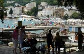 Privremena zabrana kupanja na dijelu plaže Slatina zbog testiranja kvalitete vode