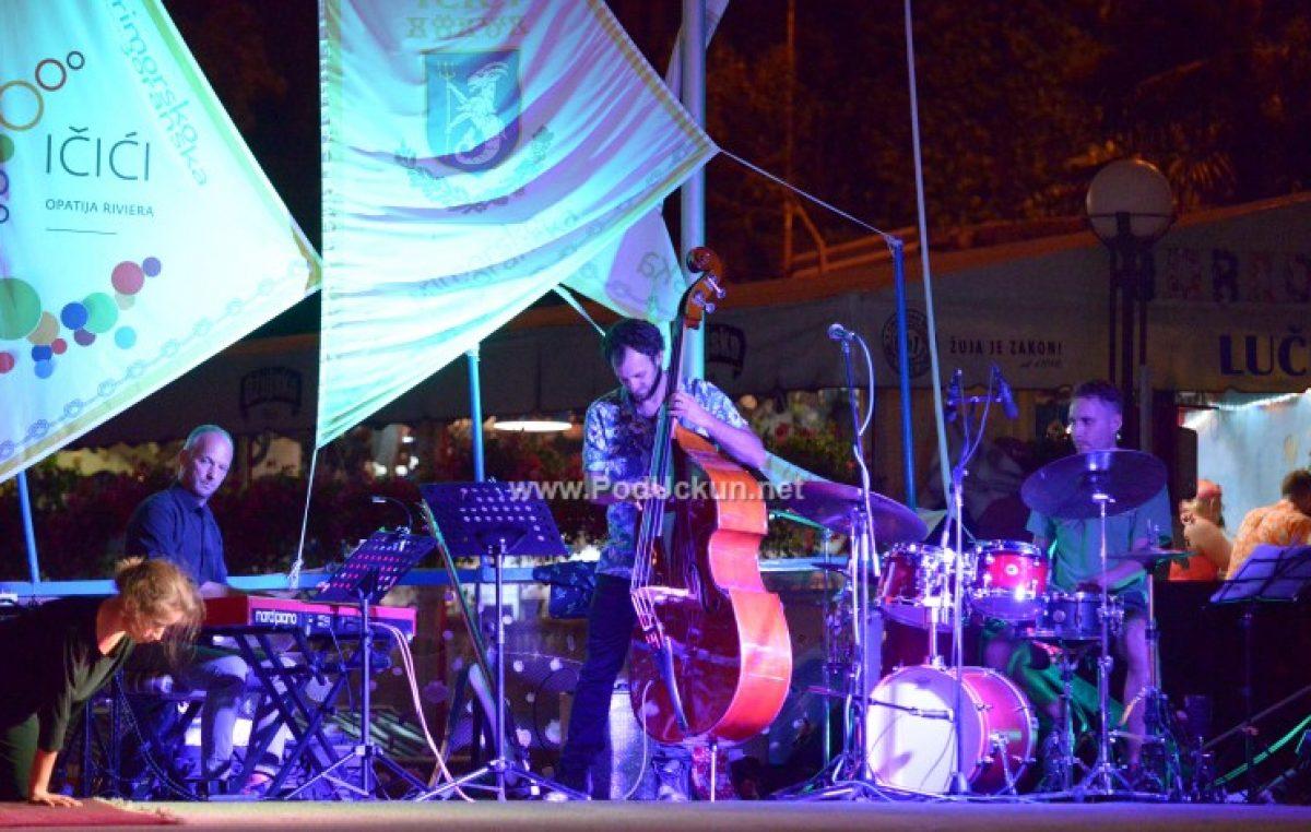 Jazz teatar u lovrasnkom kinu – Vedran Ružić lovranskoj publici premijerno predstavlja Libertina