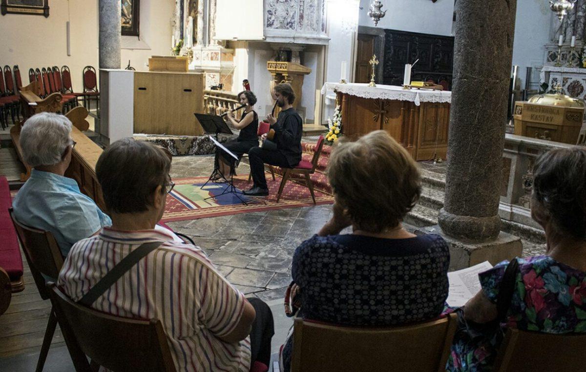 Vrhunski glazbenici Mislav Režić i Antigoni Tsalla predstavili se kastavskoj publici koncertom klasične glazbe