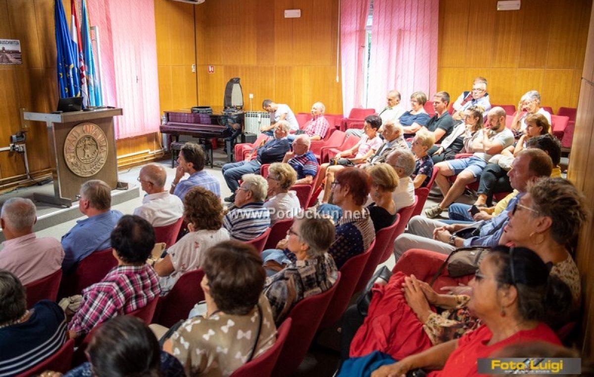 Geneza Auschwitza – Veliki interes publike za prezentaciju Ryszarda Domasika