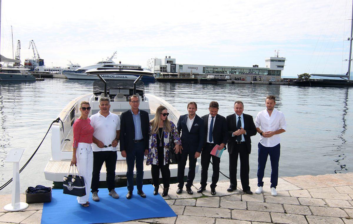 Svečano otvoren Rijeka Boat Show: Atraktivna plovila izazvala veliku pažnju Riječana i gostiju