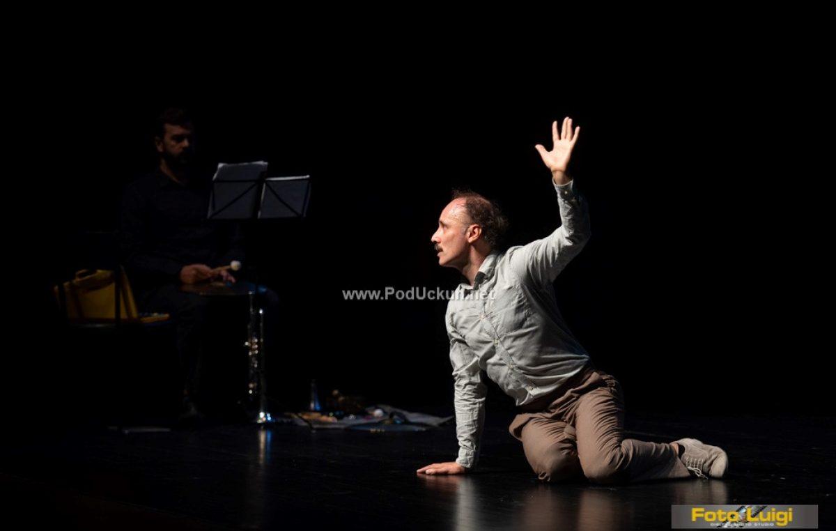 FOTO Umjetnost jednog glumca – Održana kazališna predstava 'Mistero Buffo'