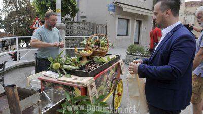 VIDEO/FOTO Najavljena 46. Marunada: Stiže Lidija Bačić, Vatra i Gustafi, a premijeru ima pivo od maruna