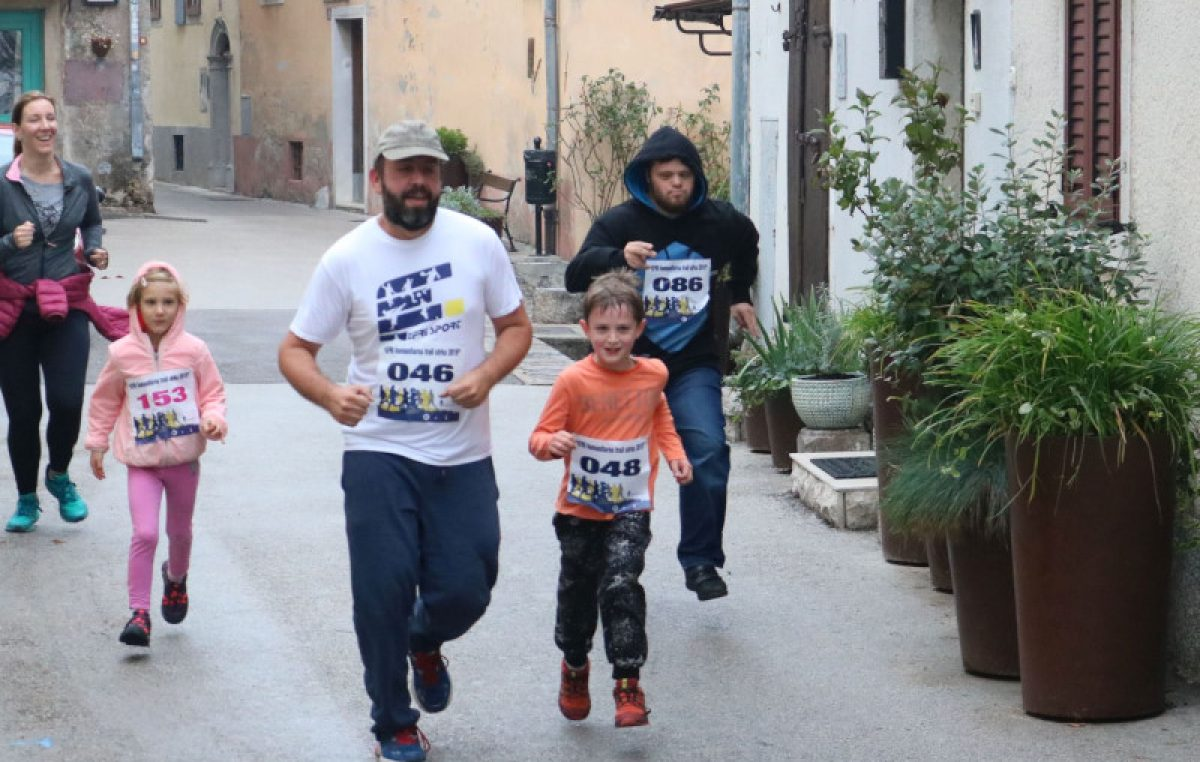 FOTO: 2. EFRI humanitarna trail utrka okupila 180 trkača na Kastvu