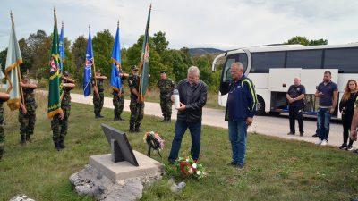 FOTO: Članovi opatijskog ogranka Udruge dragovoljaca i veterana Domovinskog rata obišli ličko ratište