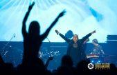 FOTO/VIDEO Parni valjak rasplesao i raspjevao Dvoranu mladosti – Hus, Aki i društvo pokazali zašto traju već 44 godine