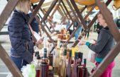 Dan domaće jabuke i meda na Veletržnici predstavio zdrave i prirodne proizvode kupcima @ Matulji