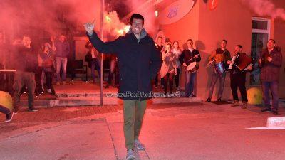 FOTO/VIDEO Prijatelji, kolege i familija pripremili doček iznenađenja za Enrica Marottija @ Volosko