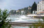 Južina ne posustaje – DHMZ izdao crveni alarm za Kvarner i Istru