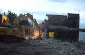FOTO/VIDEO 'Nuklearka' odlazi u povijest – Napokon nestaje mastodont na ulazu u naselje Zora