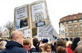 """VIDEO/FOTO Prosvjetari """"zauzeli"""" Trg bana Jelačića, među prosvjednicima i stotine učitelja iz Rijeke i županije"""