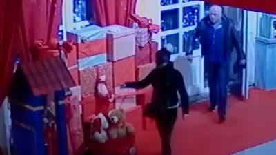Kradljivci blagdanske atmosfere – Iz Šporera ukradene lutke orašara i vojnika
