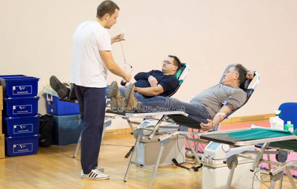 U OKU KAMERE U dvije akcije prikupljeno 75 doza krvi – Milivoj Srdoč darivao krv 120. puta